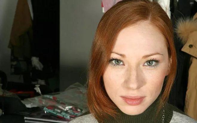 sperma-russkoe-porno-milena-lisitsina-lisichka-pizdi-rakom-porevo