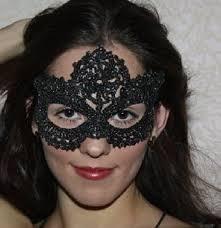 карнавальная маска крючком