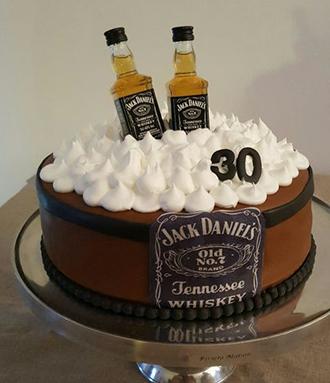 торт для подарка с меренгой и спиртным напитком своими руками