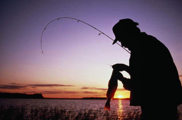 когда в украине празднуют день рыбака