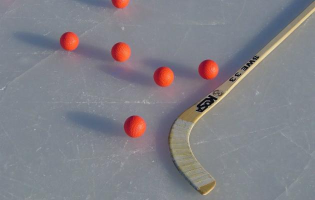 клюшка для хоккея с мячом
