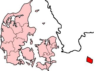 Красным цветом изображены сам острови
