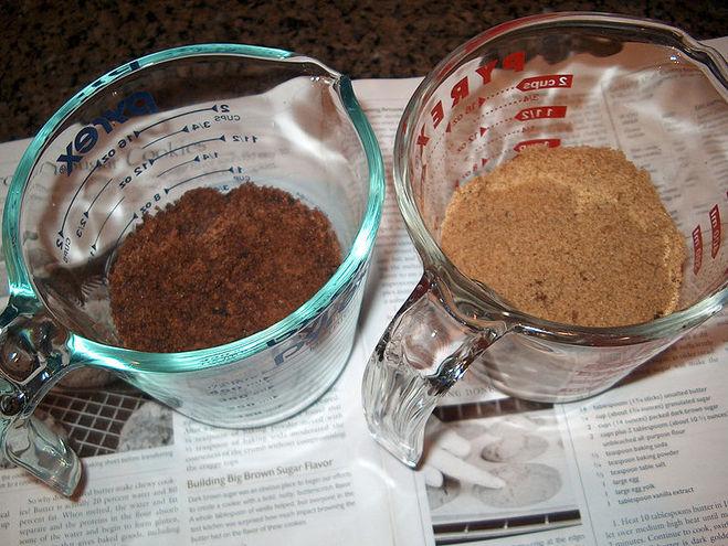 текст при наведении - различные сорта коричневого сахара