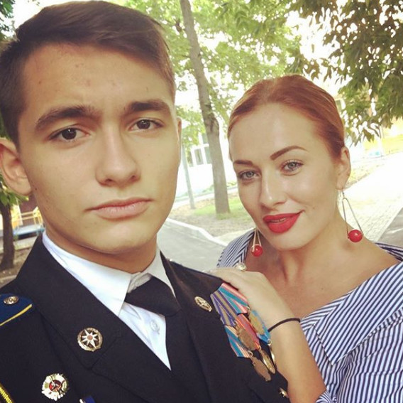 Наталья Владимировна Тищенко  актриса сын