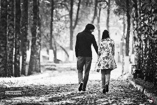 В какой момент нужно целовать девушку в первый раз на свидании?