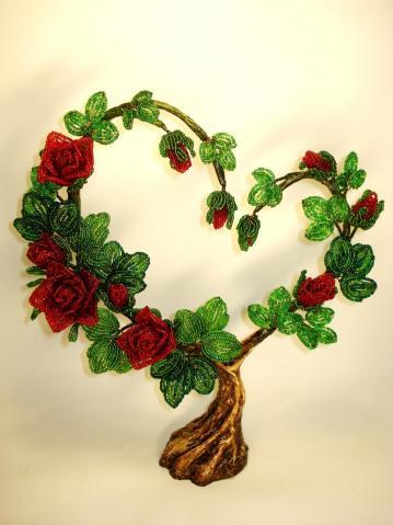 Как сделать дерево сердце из бисера своими руками?
