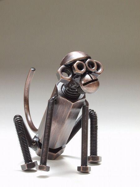 обезьяна из болтов и гаек