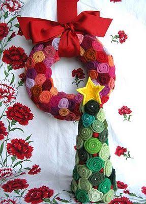 венок на новый год с цветами из фетра
