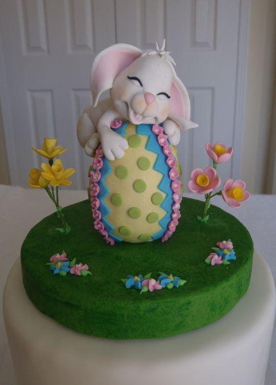 торт в виде зайца 3D с мастикой