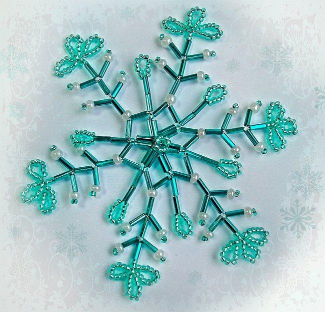 новогодняя снежинка своими руками, как сделать снежинку, снежинка из проволоки и бисера, схемы снежинок