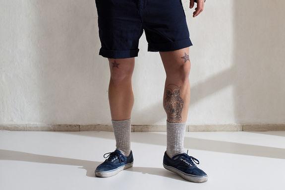 нужно ли надевать носки если ты в шортах и кроссовках?