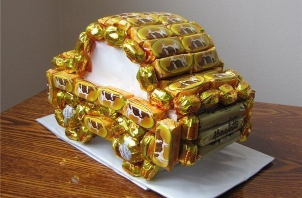 машина из конфет
