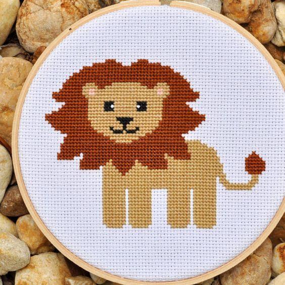 лев вышивка