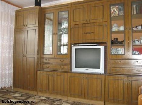 Чем можно обновить старую мебель своими руками