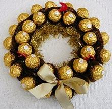 """подарок из конфет """"Фереро Роше"""" венок"""