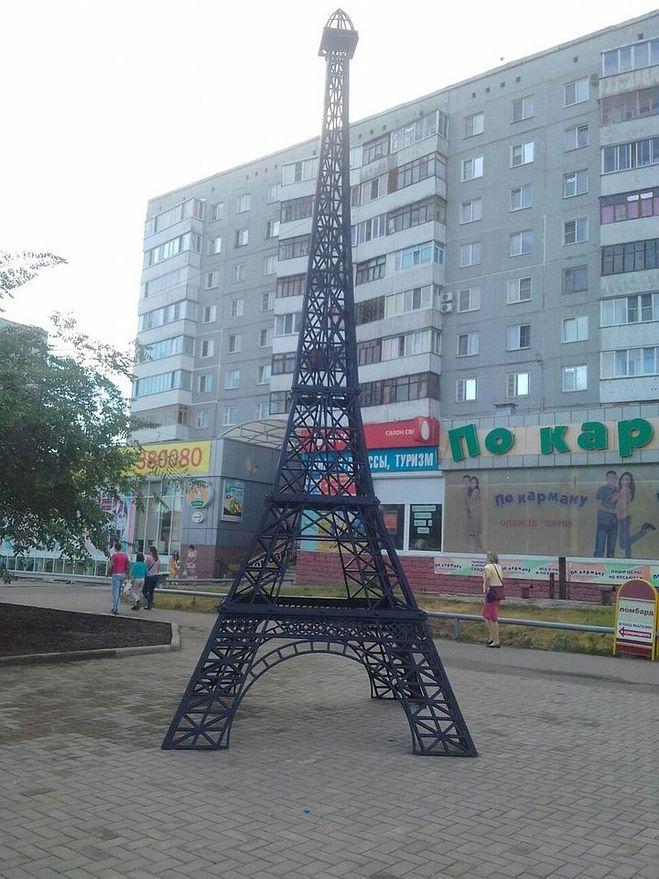 """Эйфелева башня в Омске"""