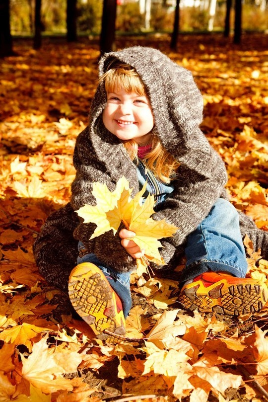 дети осень листопад