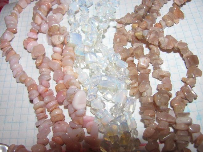 бусы камни