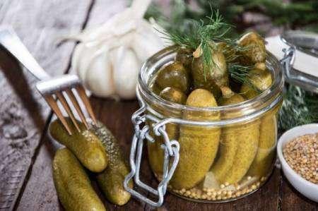 Срок хранения маринованных и соленых огурцов