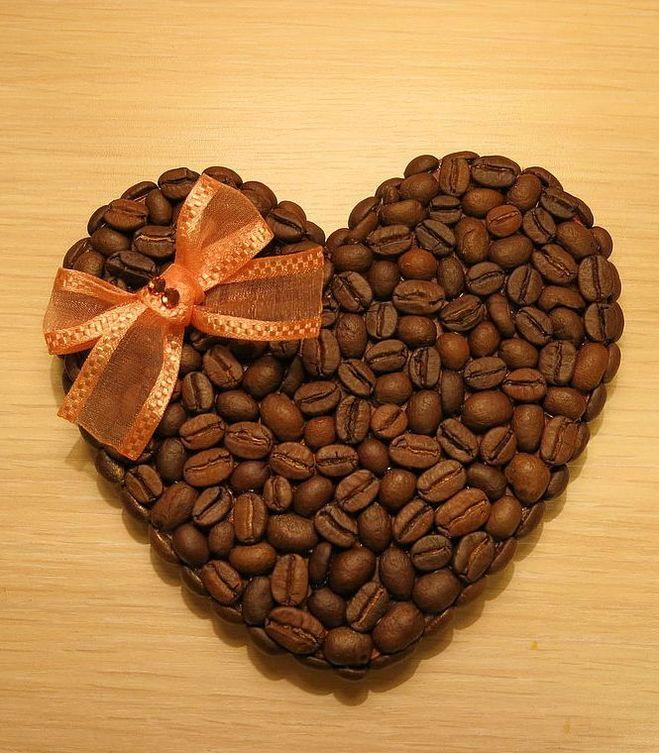 Подарок сердце из кофейных зерен