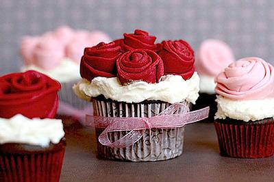 Кексы на день святого валентина мастика мастика из жевательного зефира ботиночки
