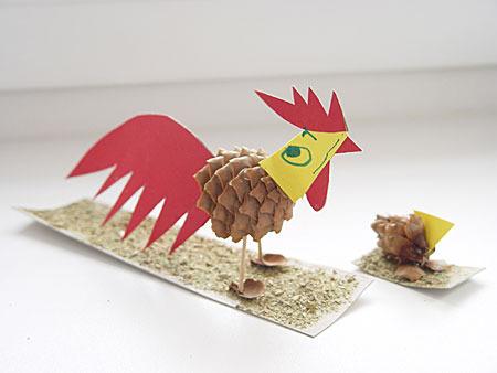 Курица из шишек поделка