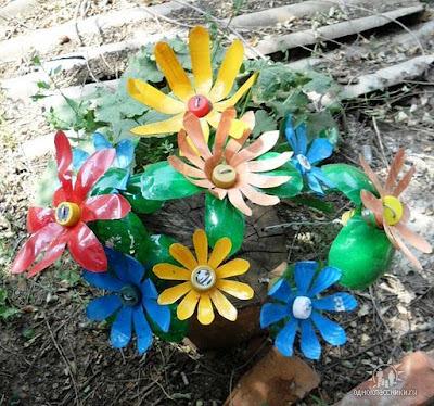 Девушки кавказские с цветами
