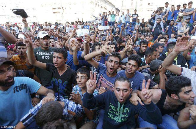 Беженцы в Германии: накопление энергии взрыва