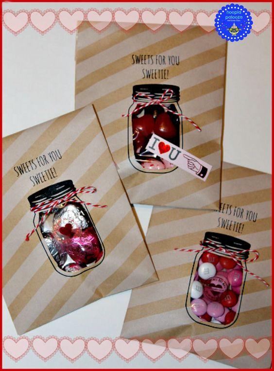 Встряхиваемая открытка со сладостями