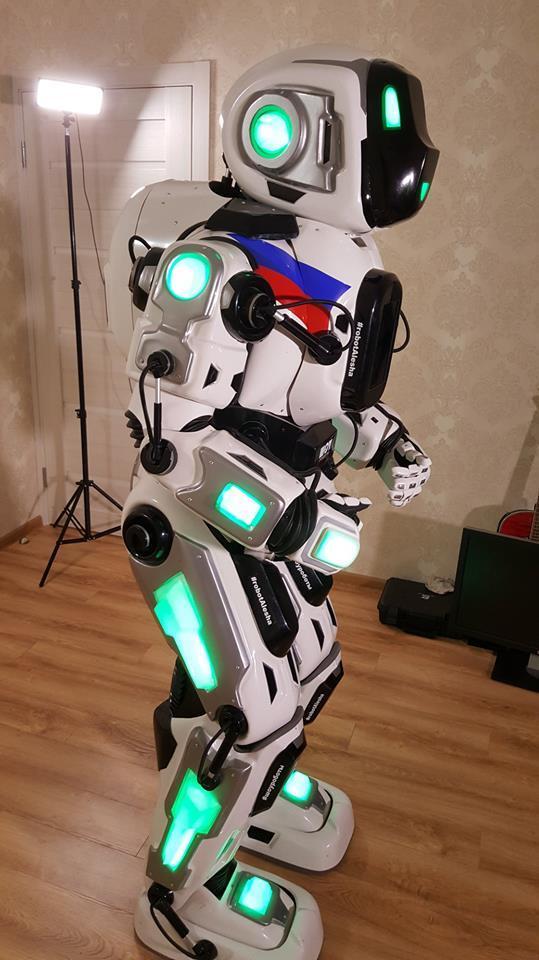 робот Алеша - псевдоробот Борис