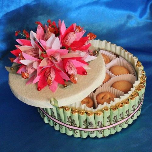 Торт из печенья и конфет своими руками 796