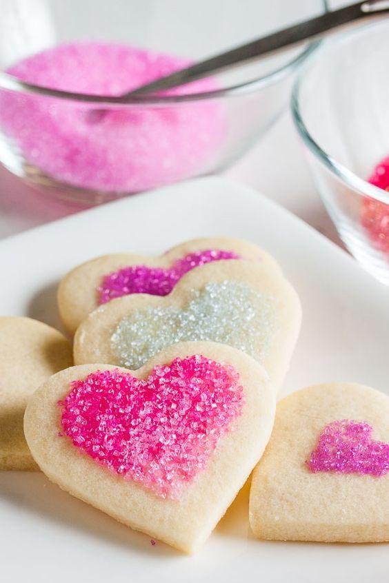 печенье-валентинка с посыпкой