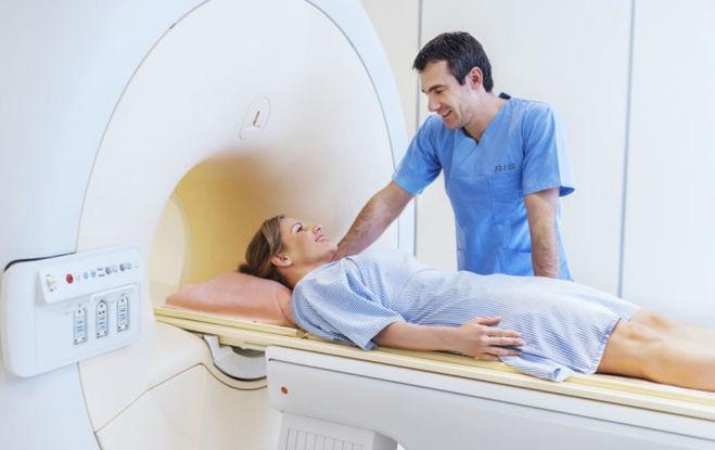 МРТ с контрастом, почему контраст делает процедуру МРТ в два раза дороже?