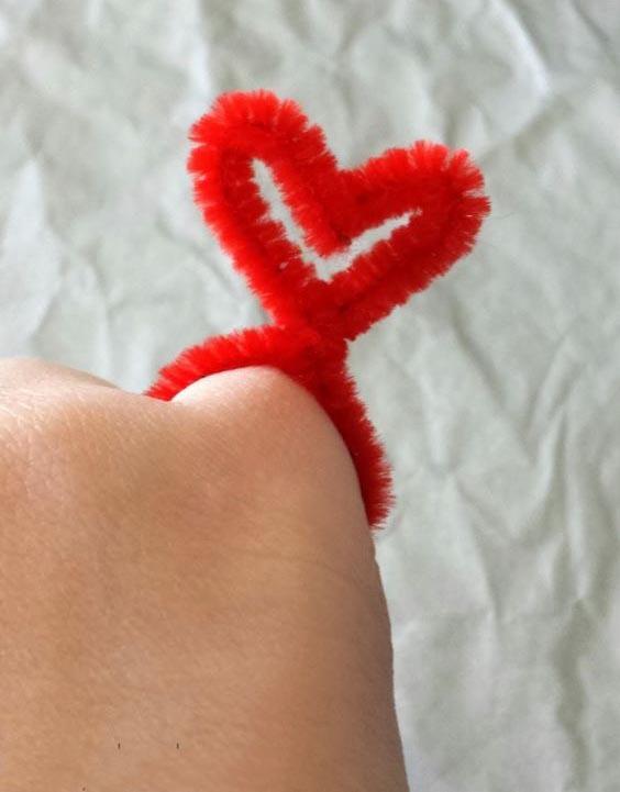 из синельной проволоки своими руками на день всех влюбленных