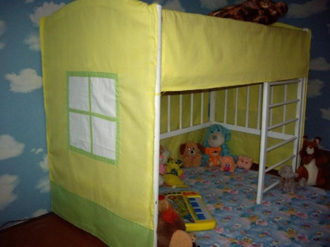 Что сделать из детской кроватки своими руками