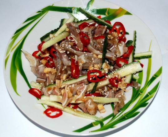 Салат из свиных ушей по корейски рецепт с