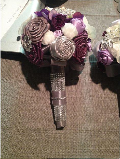 букет цветов из лент