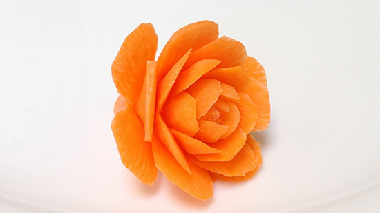 Как сделать из моркови цветок