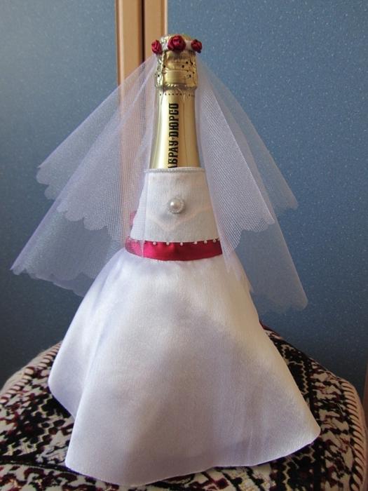 Платье на бутылку шампанского своими руками