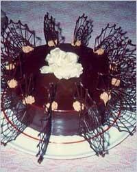 Как сделать цветы из шоколада на торт