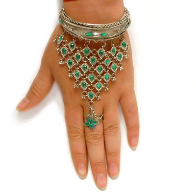 Восточные украшения на руку своими руками схемы