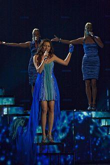 Выступление Сафуры Ализаде в полуфинале Евровидения 2010.jpg