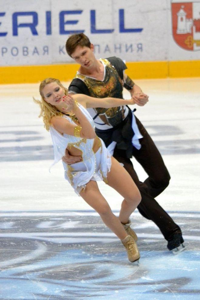 Белорусские фигуристы Виктория Ковалёва и Юрий Беляев