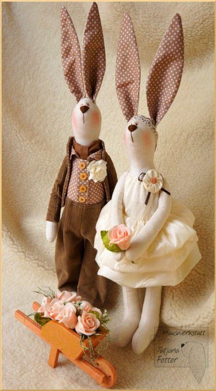 Как сшить свадебных тильдо зайцев