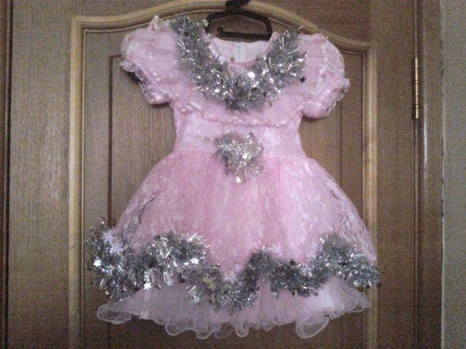 Как красиво украсить платье девочке на новый год своими руками