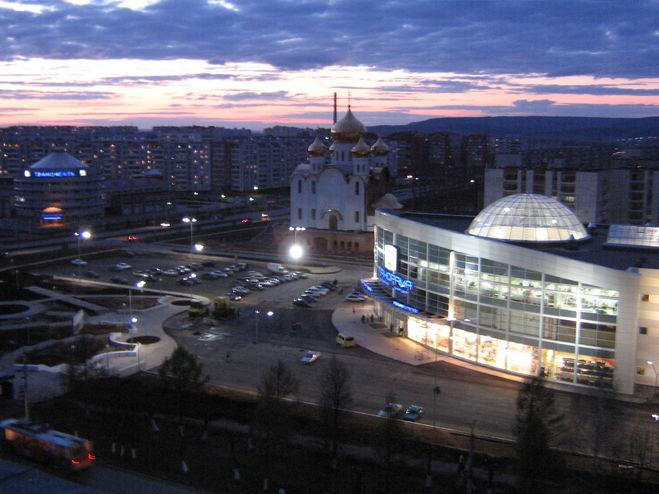 Мои года с тобой соизмеримы, Родной Альметьевск, город нефтяной! . Мы нито
