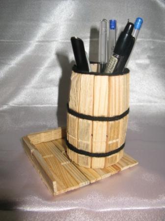 Как сделать стаканчик для карандашей своими руками
