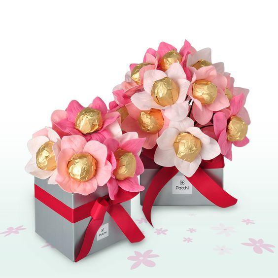 Букеты роз из бумаги и конфет своими руками 701