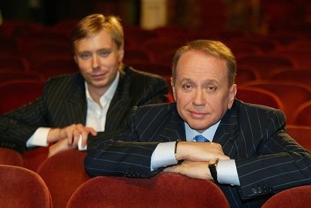Александр Васильевич Масляков продолжает вести КВН а его сын занимается коммерческой деятельностью