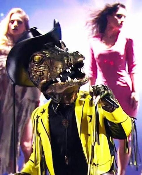 маска Крокодил в шоу Маска 9 выпуск